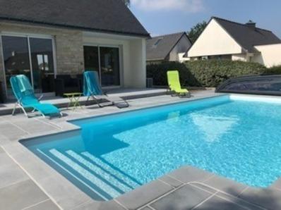 Location Maison 5 pièces 10/12 personnes avec piscine chauffée.