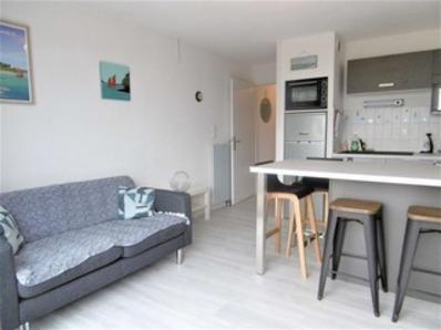 Location Appartement 2 pièces 2/4 personnes, à 500 m de la plage.